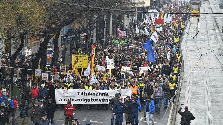 Ungarn: Zivilgesellschaft & Gewerkschaften im Widerstand